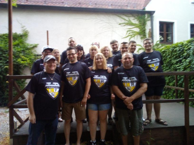 Gruppenfoto der Treuen Lions Fans